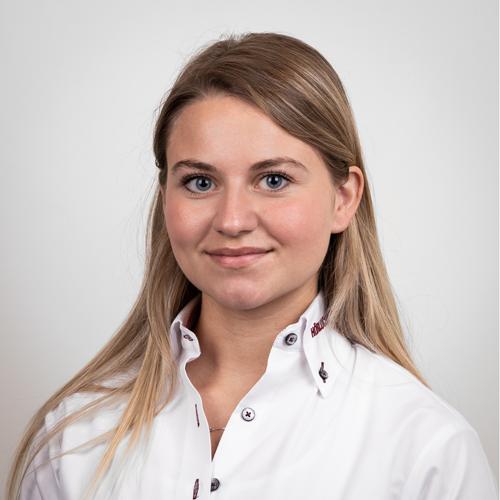 Julia Meyer - Purchasing / Quality Management