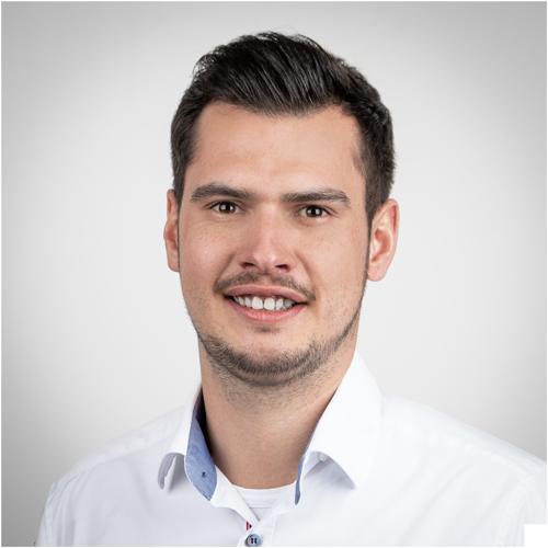 Moritz Blaumeiser - Field Service
